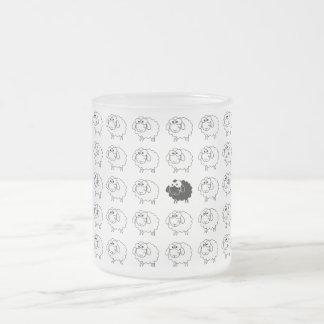 Moutons noirs mug en verre givré