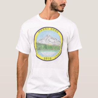 Mt. T-shirt colorized par quart de capot