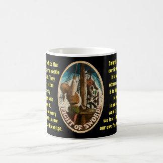 Mug 08. Huit d'épées - tarot de marin