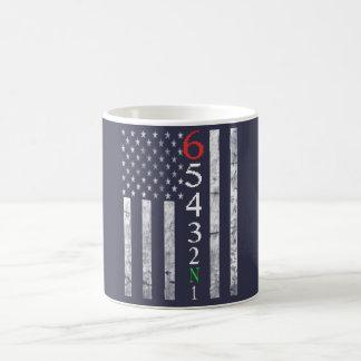 Mug 1 vers le bas 5 vers le haut du drapeau