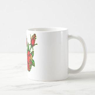 Mug 3 beaux roses de style de tatouage