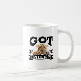 Mug A obtenu plus de lait