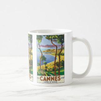 Mug Affiche vintage de voyage, plage à Cannes, France