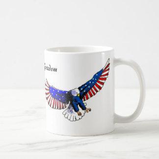 Mug Aigle patriotique, liberté américaine