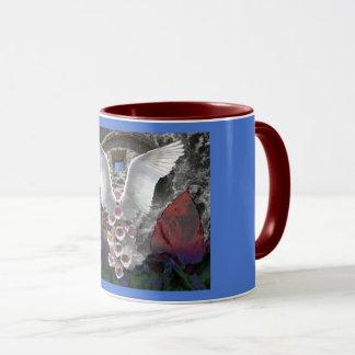 Mug Ailes et fleur d'ange dans une forêt profonde