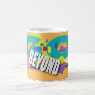 Mug Allez au delà de cela. Graphique coloré