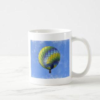 Mug Aquarelle chaude d'art numérique de ballon à air