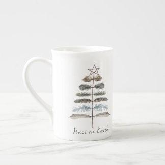 Mug arbre rustique vintage moderne de plume d'hiver