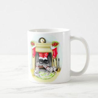 Mug Baisses de Père Noël de Noël de Dalmation dedans
