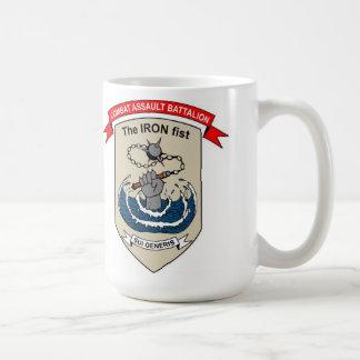 "Mug Bataillon d'assaut de combat ""l'Iron Fist """