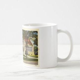 Mug Bibliothèque de Lithgow, cru d'Augusta, Maine