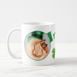Mug Caniche de jouet du jour de St Patrick