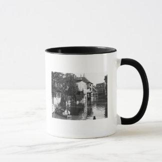 Mug Canotage sur la rivière Gera à Erfurt