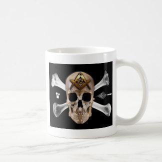 Mug Carré maçonnique de crâne et de boussole d'os
