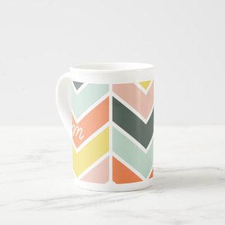 Mug Chevron   gai décoré d'un monogramme par des