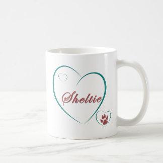 Mug Chien de berger de Shetland : Coeurs d'amour de
