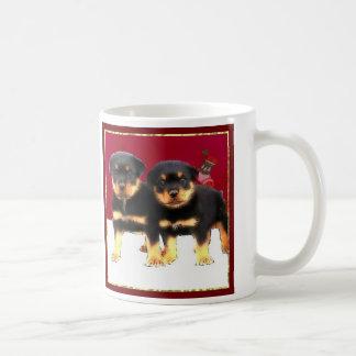 Mug Chiots de rottweiler de Noël