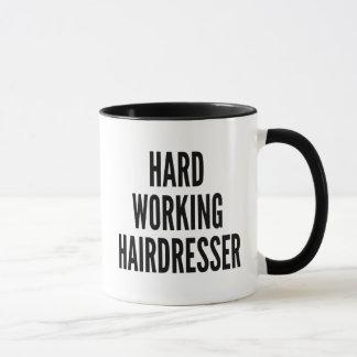 Mug Coiffeur travaillant dur