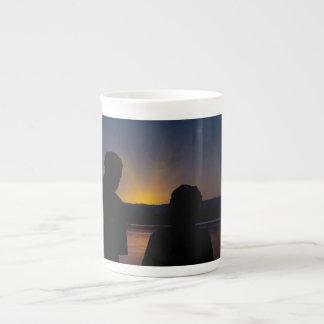 Mug Couples au coucher du soleil, sur la porcelaine