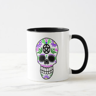 Mug Crâne païen de vaudou avec le pentagramme