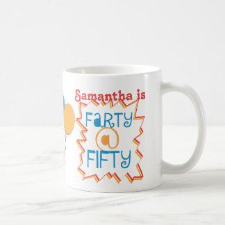Mug Customisez le cinquantième cadeau de bâillon