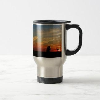 Mug De Voyage Coucher du soleil au-dessus d'une ferme