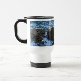Mug De Voyage Pélicans sur des roches de mer,