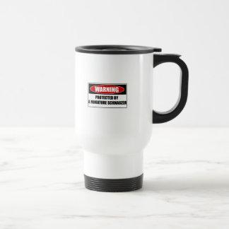 Mug De Voyage Protégé par un Schnauzer miniature