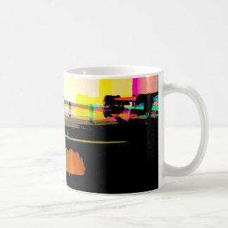Mug Disque vinyle sur la plaque tournante