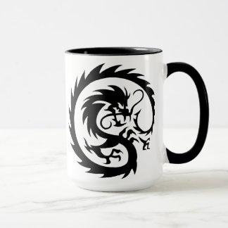 Mug Dragon tribal en spirale