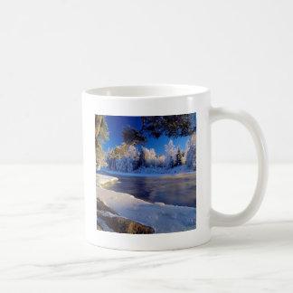 Mug Écoulement de glace de rivière de nature