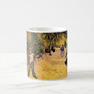 Mug Entrée au parc public par Vincent van Gogh