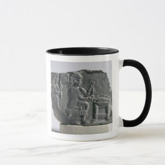 Mug Femme d'Elamite tournant, Néo--Elamite période,