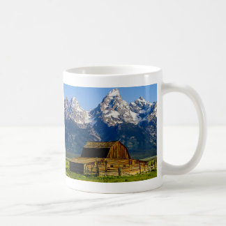 Mug Ferme mormone de rangée avec des montagnes