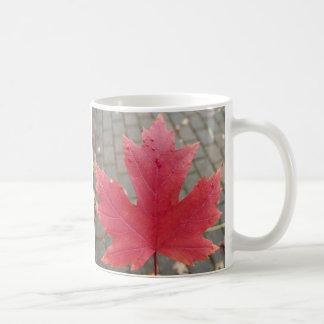 Mug Feuille d'érable rouge