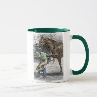 Mug Forgeron de maréchal-ferrant chaussant le cheval