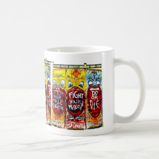 MUG GRAFFITIS  INDIANO BERLIN WALL