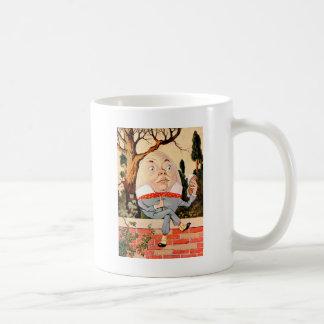 Mug Humpty Dumpty SAT sur un mur au pays des
