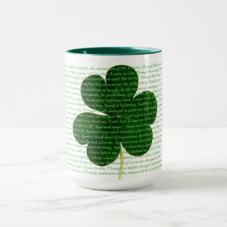 Mug Hymne de St Patrick le poème de shamrock du cri du