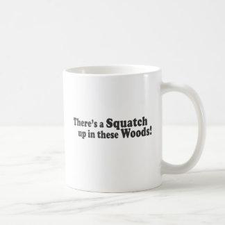 Mug Il y a un Squatch en ces bois ! Poussée multiple