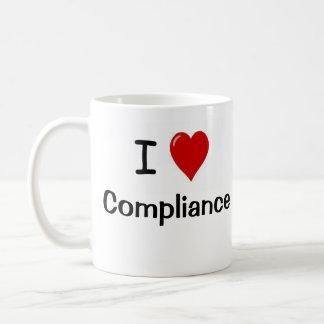 Mug J'aime la conformité et le coeur de conformité je
