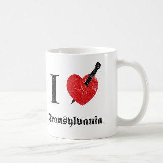 Mug J'aime la Transylvanie (la police érodée par noir)