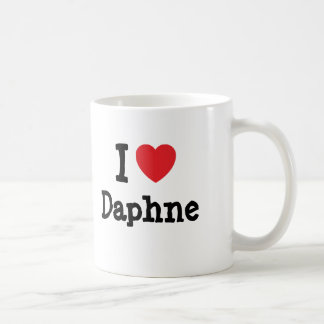 Mug J'aime le T-shirt de coeur de Daphne