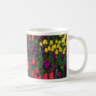 Mug Jardin d'agrément coloré de tulipe