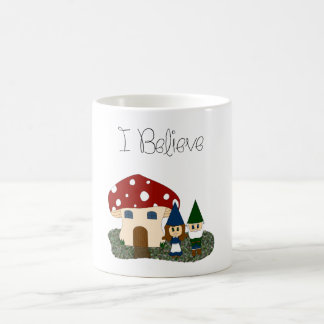 Mug Je crois - des gnomes