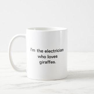 Mug Je suis l'électricien qui aime des girafes