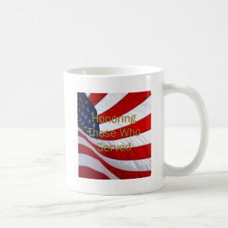 Mug Jour de vétérans honorant ceux qui ont servi