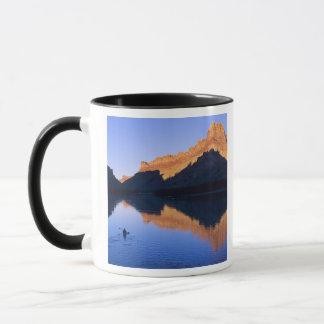Mug Kayaking sur le fleuve Colorado dans l'Espagnol