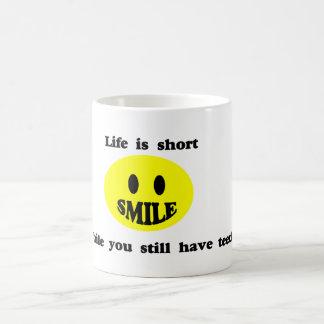 Mug La vie est courte