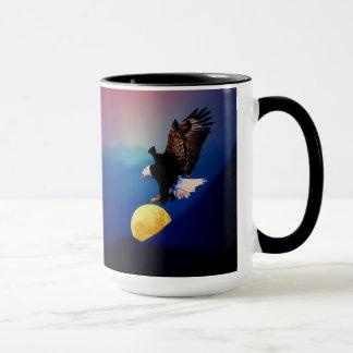 Mug L'aigle chauve chasse la pleine lune